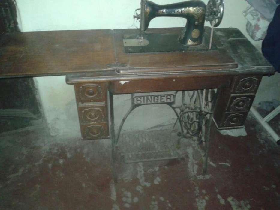 Maquina de Coser 6 Cajones