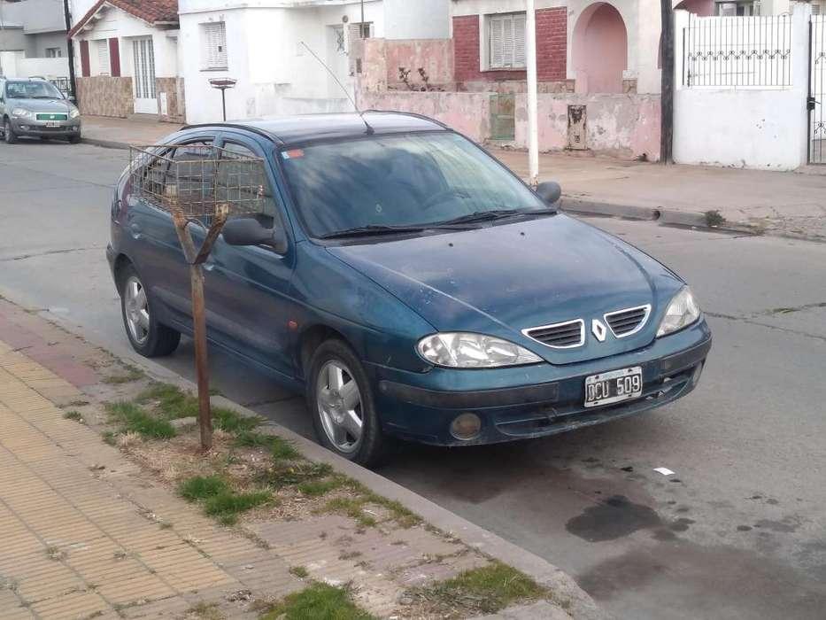 Renault Megane  2000 - 22222222 km