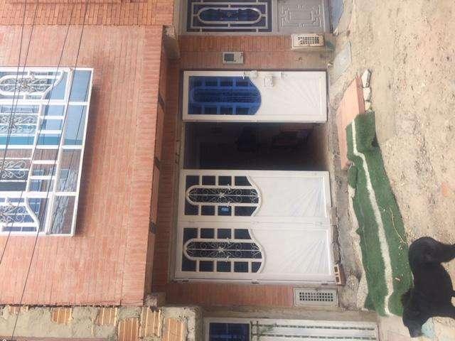 Vendo linda <strong>casa</strong> en el barrio los tejaresUsme, como nueva.