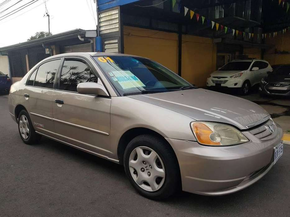 Honda Civic 2001 - 195000 km