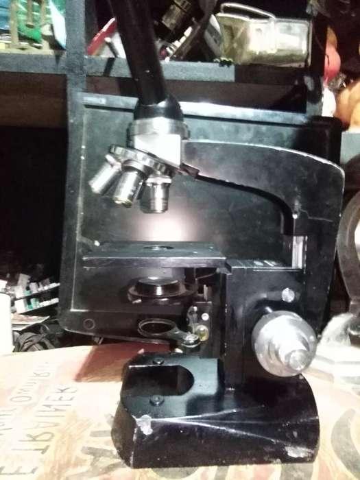 Antiguo Microscopio Checoslovaco Meopta