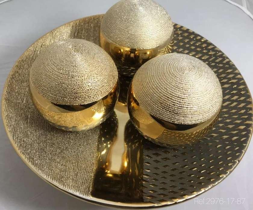 Bandeja con Tres Esferas - Decorativas
