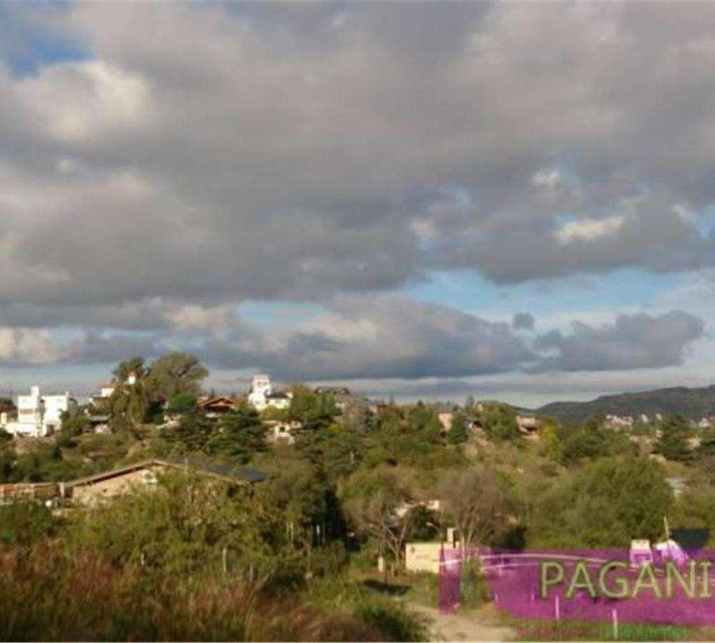 se venden 2 terrenos de 1030m2 c/u en Villa del Lago, Carlos
