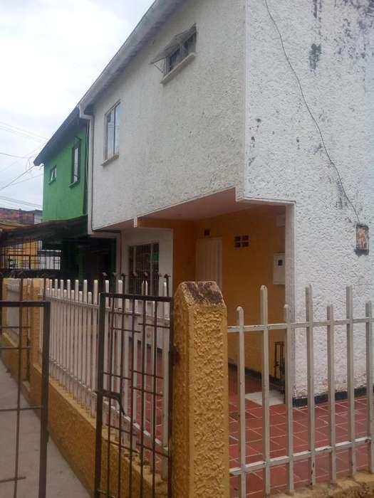 VENDO CASA EN <strong>ciudad</strong> BOLIVAR V0015