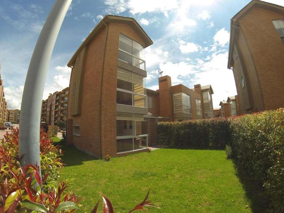 Casa Bella en Venta SAN PEDRO MADRID MLS 19-286