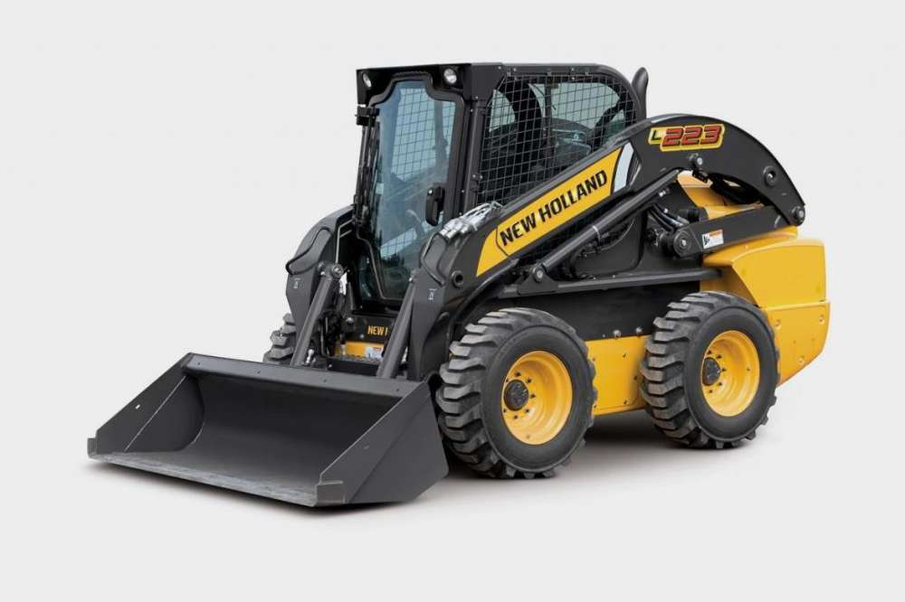 Minicargadora New Holland L223