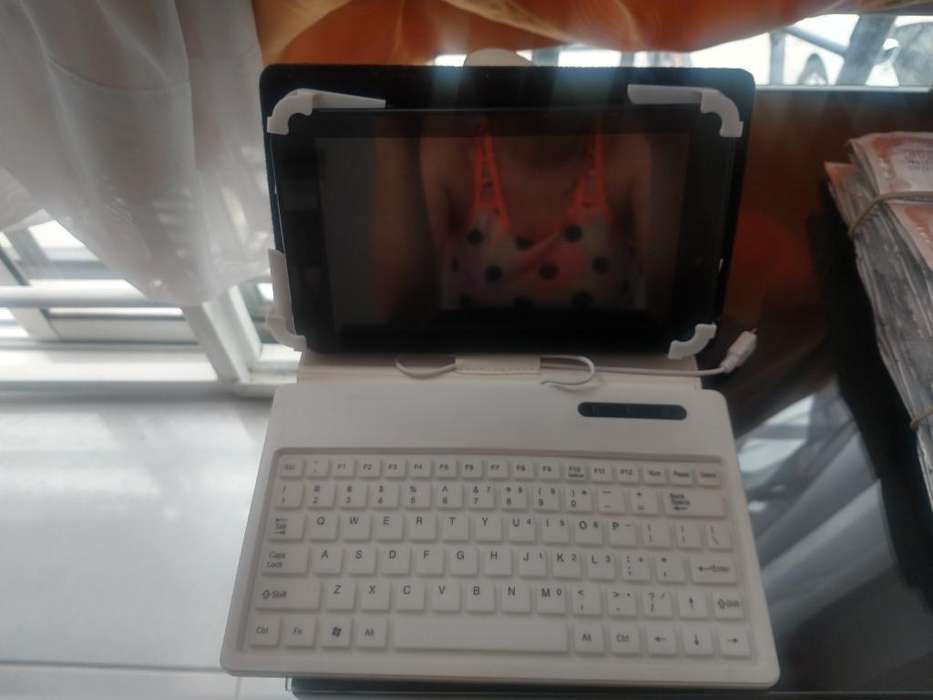 Tablet Android 9/10 Poco Uso