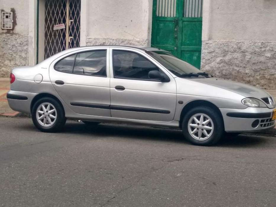 <strong>renault</strong> Megane  2004 - 44000 km