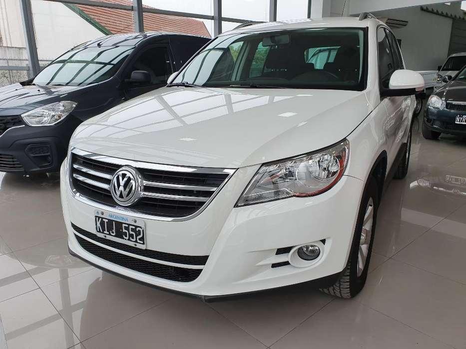 Volkswagen Tiguan 2011 - 130000 km