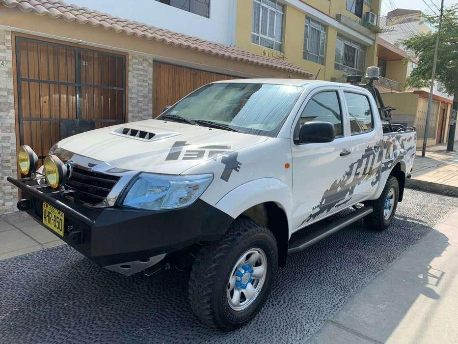 Toyota Hilux 2015 - 46000 km