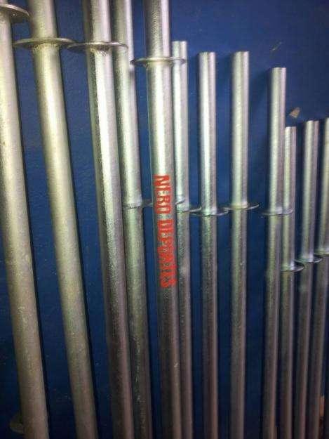 Barra zincada diam 28 1.6mt con topes hueca aprox para discos