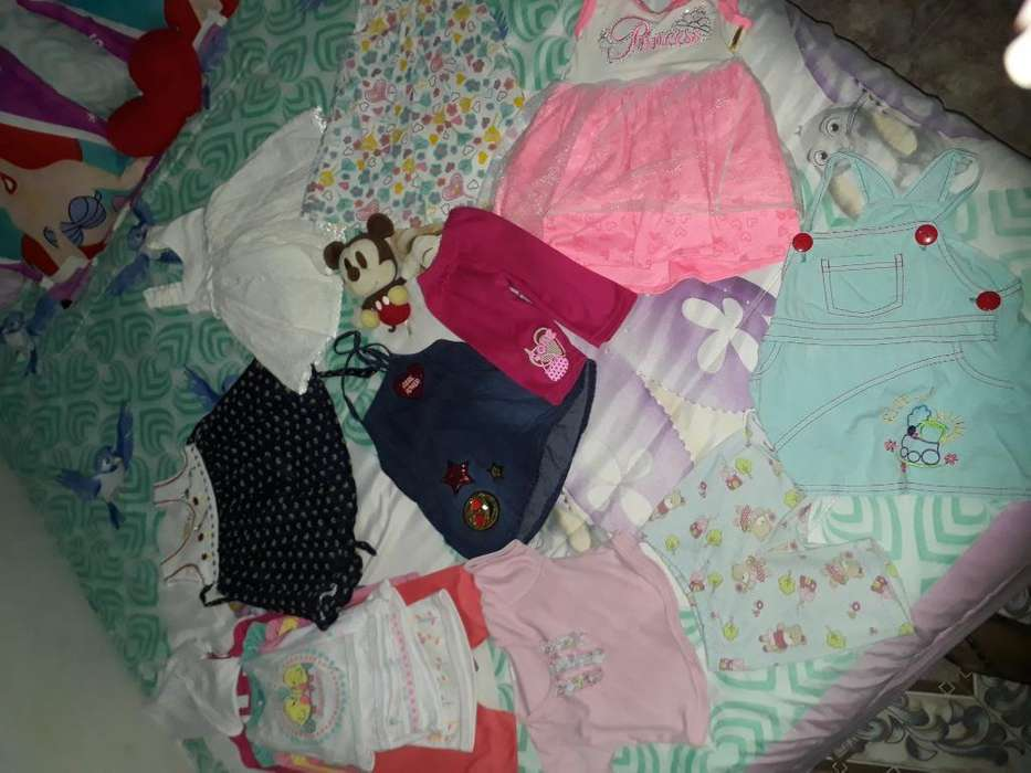 Lote de Vestidos de Bebé
