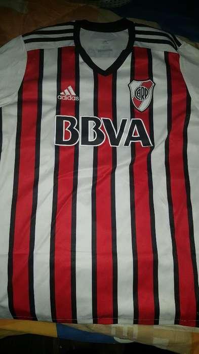 Camiseta Tricolor Original