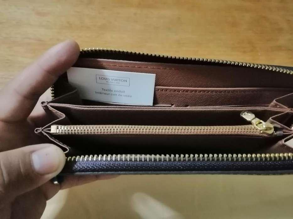 Billetera Louis Vuitton de Japon