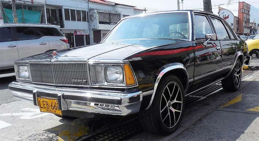Chevrolet Malibu 1980 - 616000 km