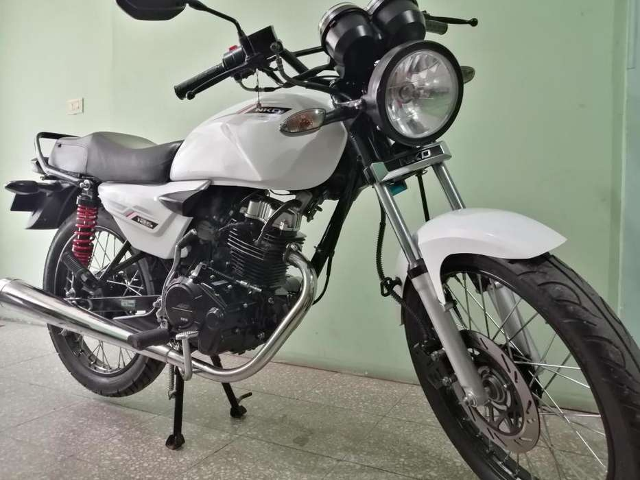 SE VENDE Moto AKT NKD 125 Modelo 2019 color BLANCO