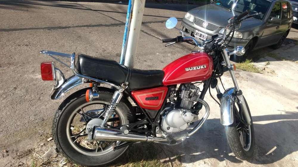 Moto <strong>suzuki</strong> gn125h