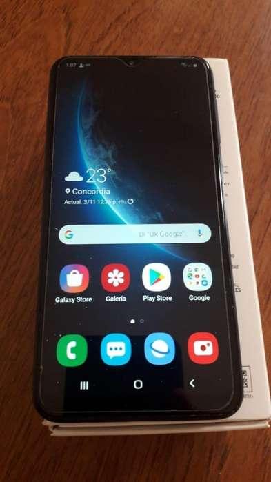 Vendo Samsung A10 Igupermuto por Xiaomi