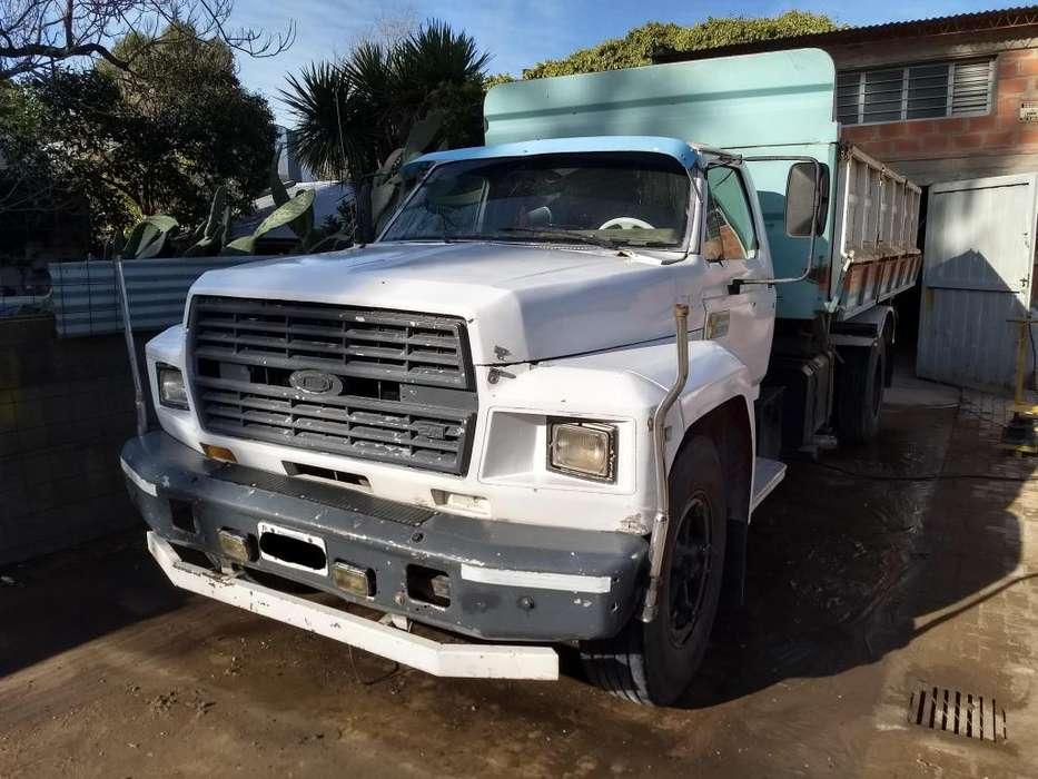 Camión Ford 7000