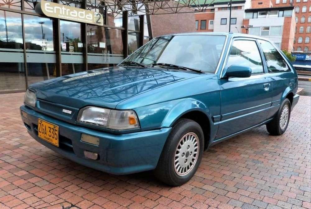 Mazda 323 1992 - 251000 km