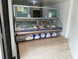 Locales de Pollos Caicedo