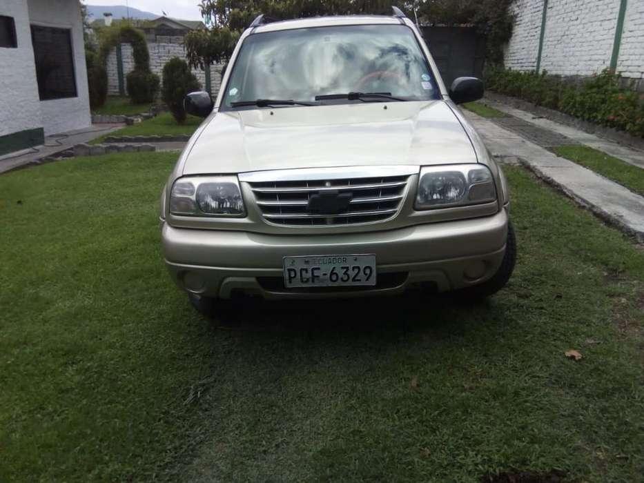 Chevrolet Grand Vitara 2013 - 133000 km
