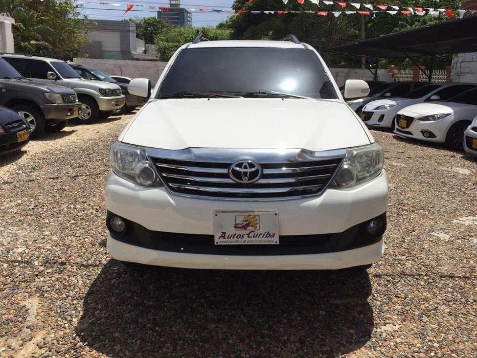 Toyota Fortuner 2014 - 82000 km