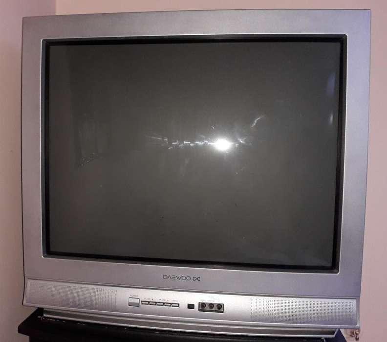 <strong>televisor</strong> Daewoo 29