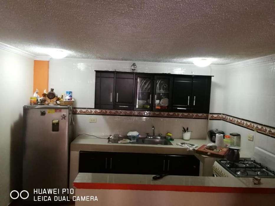 se vende casa tres niveles al occidente de armenia