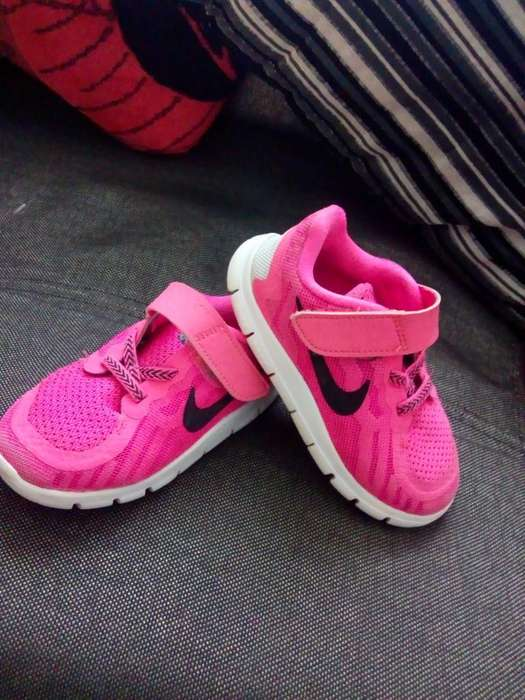 Nike Niña 24/25