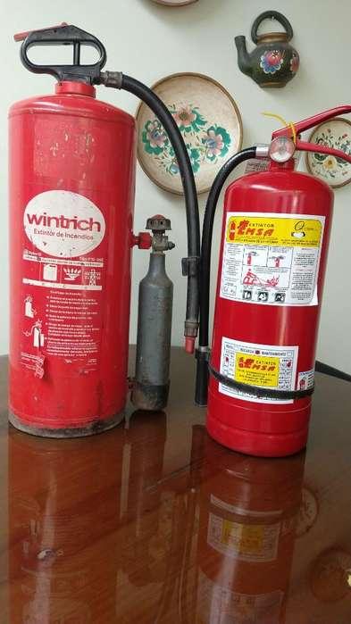 Vendo 2 Extintores