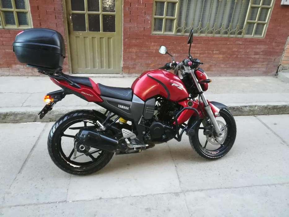 Vendo Moto Yamaha Fz 2012