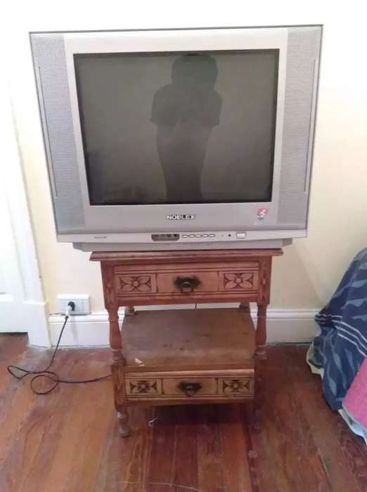 <strong>televisor</strong> (tv) Noblex, 21 (modelo 21tc671f)