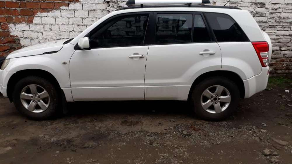 Suzuki Grand Vitara 2011 - 100000 km