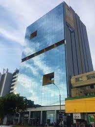 Se vende oficinas en moderno edificio empresarial de Jesus Maria