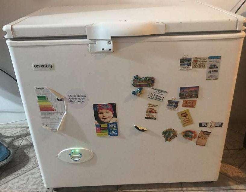 Freezer y Enfriador - Coventry FH 2600BP Blanco