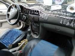 Auto en Venta. Año 99