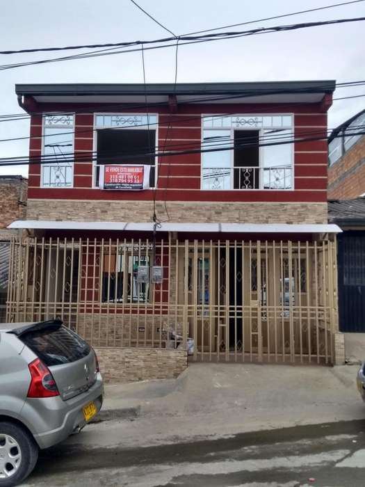 Se vende Casa nueva en el B/ María occidente, vehícular.