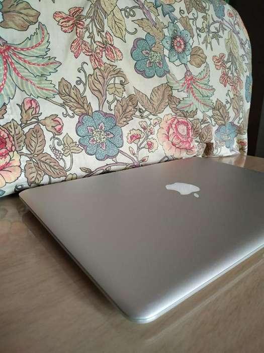 Combo Macbook Air Y Acer Aspire 5732z