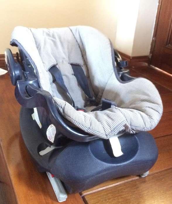 Vendo Silla de Auto para Bebé