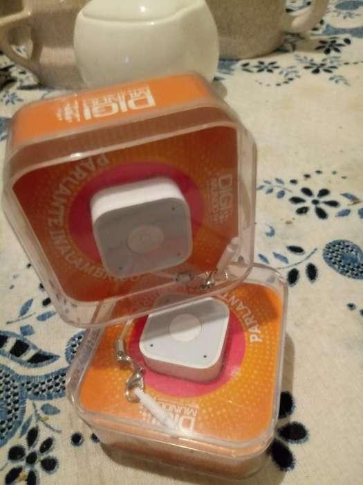 Miniparlantes Bluetooth