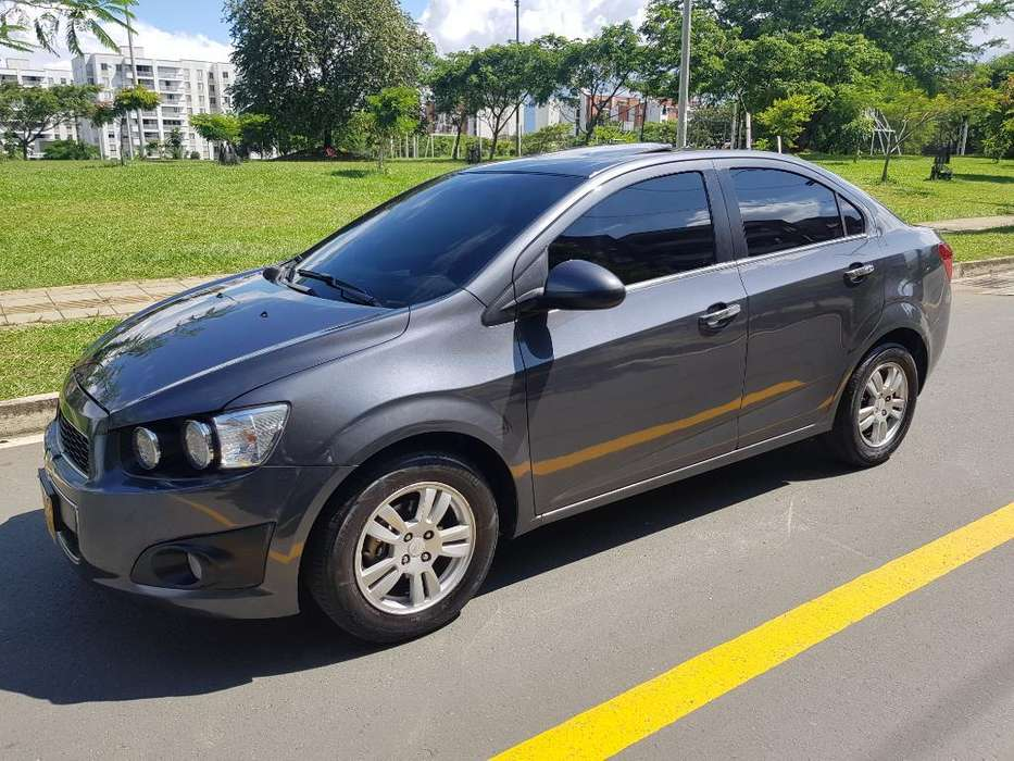 Chevrolet Sonic 2013 - 86000 km