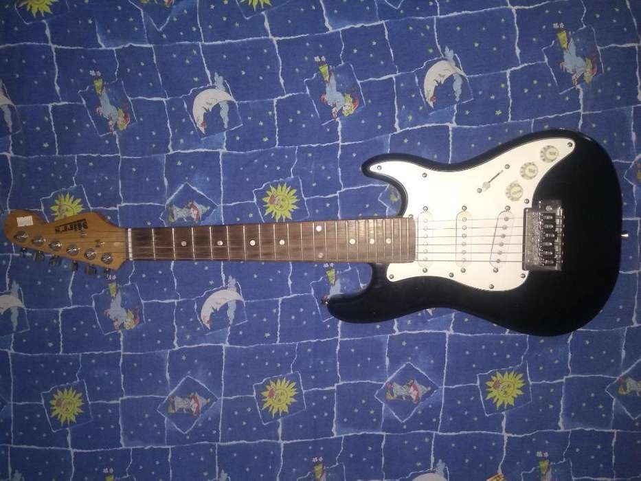 Guitarra Mirrs Baby Stratocaster