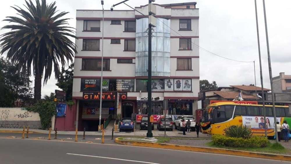 Departamento en Venta Sector El Triángulo Valle de los Chillos