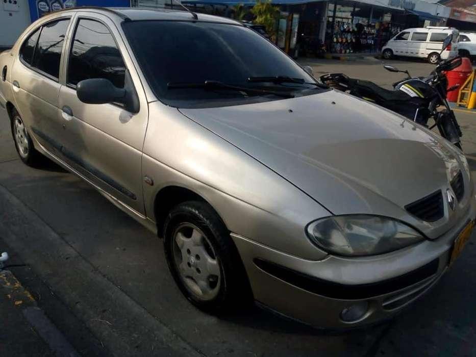 Renault Megane  2002 - 305000 km
