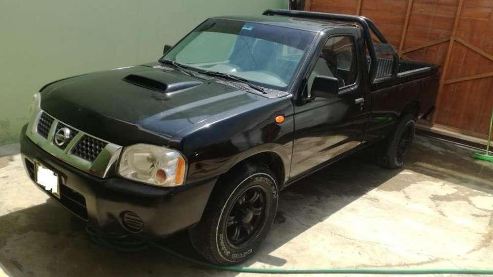 Nissan Frontier 2013 - 140 km
