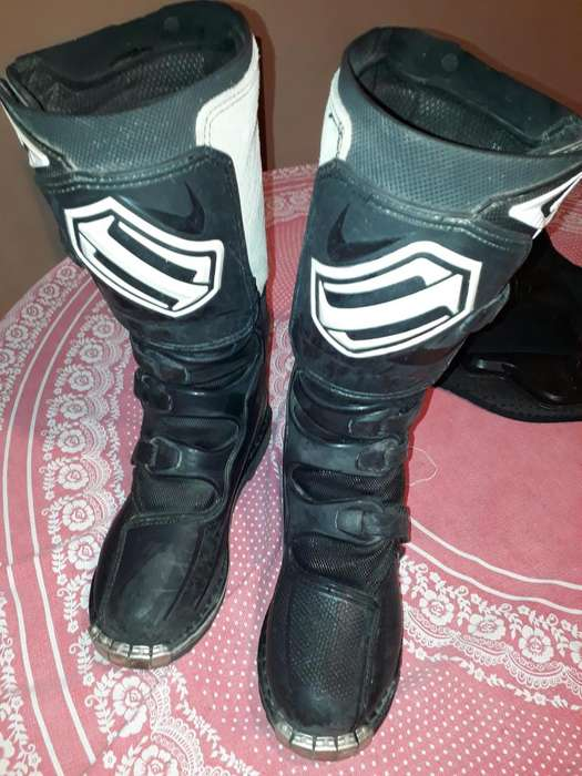 Botas Enduro SHIFT COMBAT 9.500