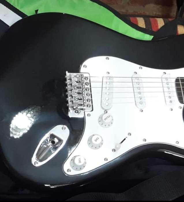 Vendo Guitarra Marca Kansas 3794401250