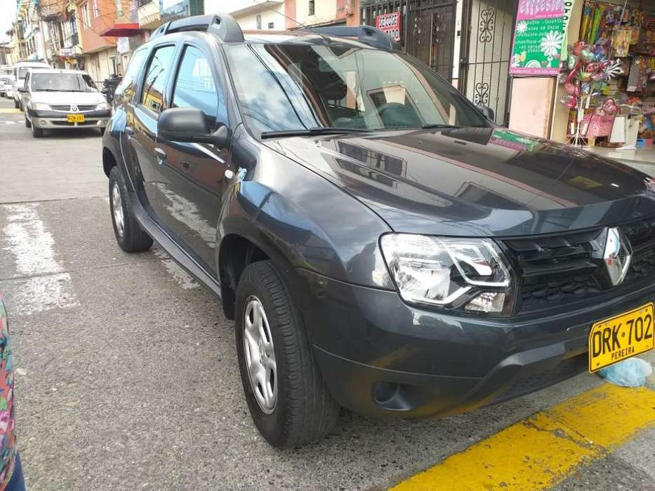 Renault Duster 2018 - 25700 km