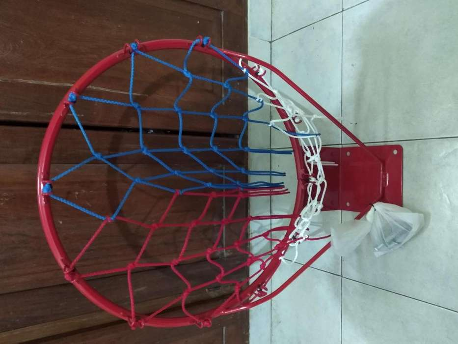 Vendo aro de basket, medida oficial